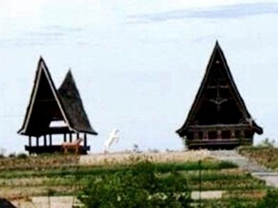 rumah-adat-batak-dibangun-di-bengkalis