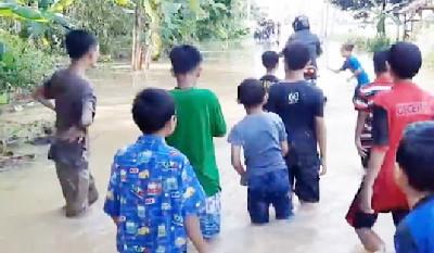 Banjir Langanan Luapan Sungai Cikidang dan Citanduy Rendam 400 Rumah