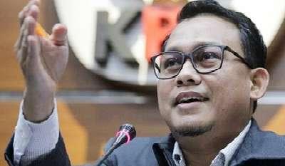 Hari Ini 10 Orang Lagi Saksi Tersangka Suap Zul AS Diperikksa KPK di Riau