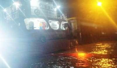 Pelabuhan PT CPI Kota Dumai Dipenuhi Tumpahan Minyak Mentah Kapal Anugerah Perdana 33