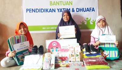 Rumah Yatim Pekanbaru Salurkan Bantuan Pendidikan untuk Aisyah dan Azizah