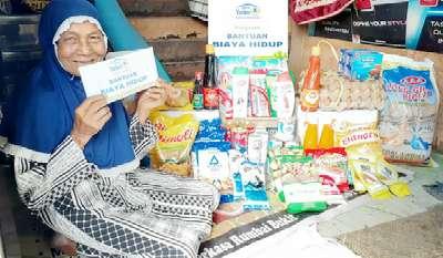 Nurhayati Lansia di Pekanbaru Rela Jadi Pemulung Asal Halal