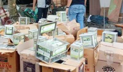 BB Ratusan Kotak Amal Terduga Terorisdi Sumut Disita Densus 88