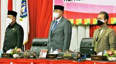 Sidang Paripurna DPRD Penyerahan LHP BPK Pemprov Kepri Raih WTP ke-11
