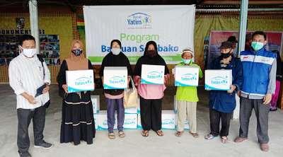 Bantuan Kemanusiaan untuk Warga Prasejahtera Diserahkan di  Kelurahan Sungai Sibam Pekanbaru