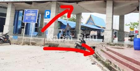Proyek Pelabuhan Sri Junjung Dumai Mangkrak KPA Blokir HP Wartawan