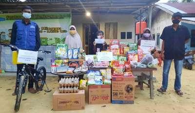 Bantuan Donatur Rumah Yatim Riau Terus Disalurkan, Hari Ini Warga Rumbai Dibantu Program Beasiswa Dhuafa