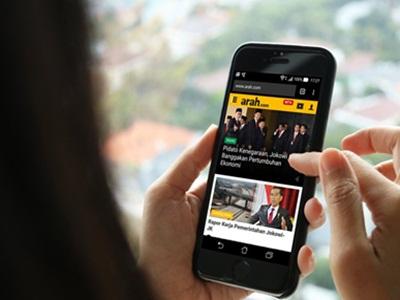 Internet Ponsel Tak Berpengaruh pada Pertumbuhan Ekonomi