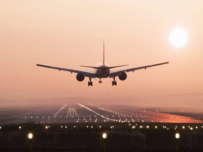 kecelakaan-penerbangan-berkurang