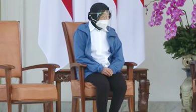 Mensos Tri Rismaharini Disorot Rangkap Jabatan, Warga: Jangan Ribut