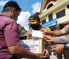 Jelang Bulan Suci Ramadhan Kapolres Bengkalis dan TIM Bagikan Bantuan