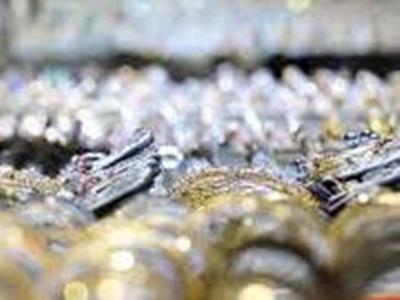 empat-perampoktodong-pedagang-3-kg-emas-ludes