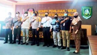Kungker Kapolda Riau ke KPU Bengkalis; Agung Himbau Pemilih Ikuti Protokol Kesehatan